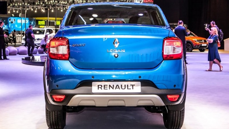 Renault-Logan-Stepway-вид сзади