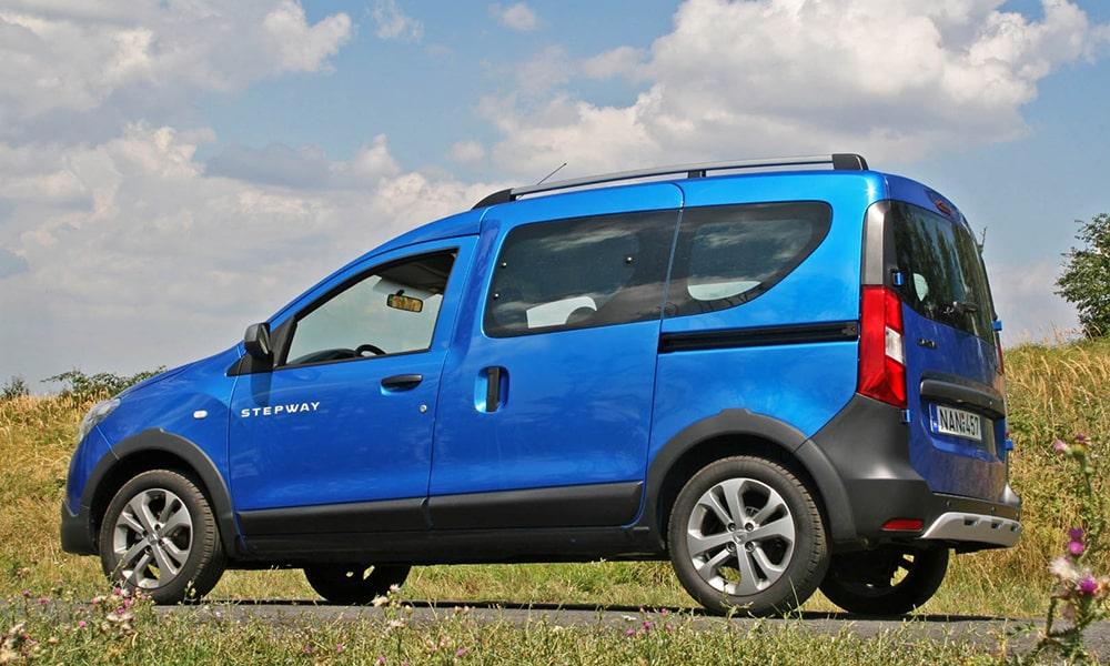 Renault Dokker Stepway вид сзади